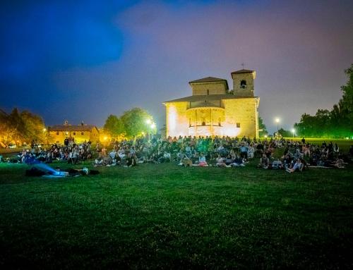 Espectacular proyección de «Errementari» en las campas de Armentia